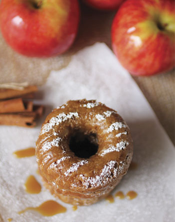 Apples-Donuts0819